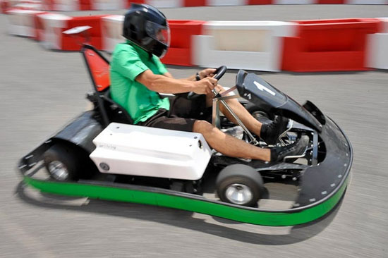 2i me grand prix de karting electrique de digne. Black Bedroom Furniture Sets. Home Design Ideas